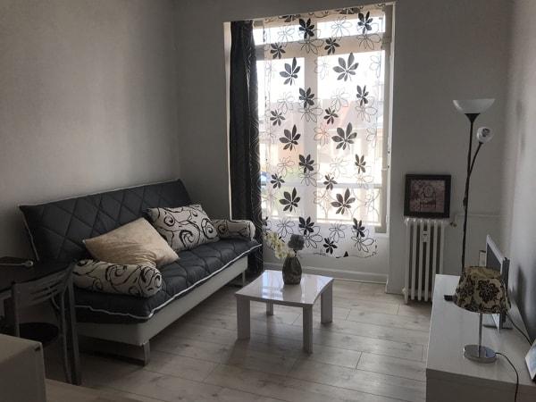Studio meublé, proche boulevard des Pyrénées à Pau